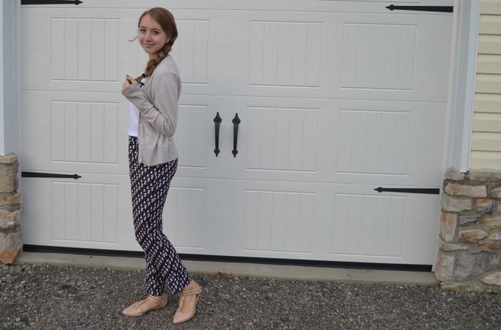 2 printed pants