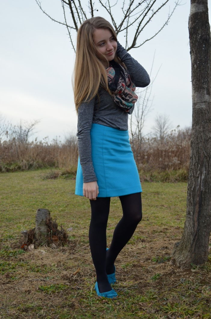 outfit idea blue skirt