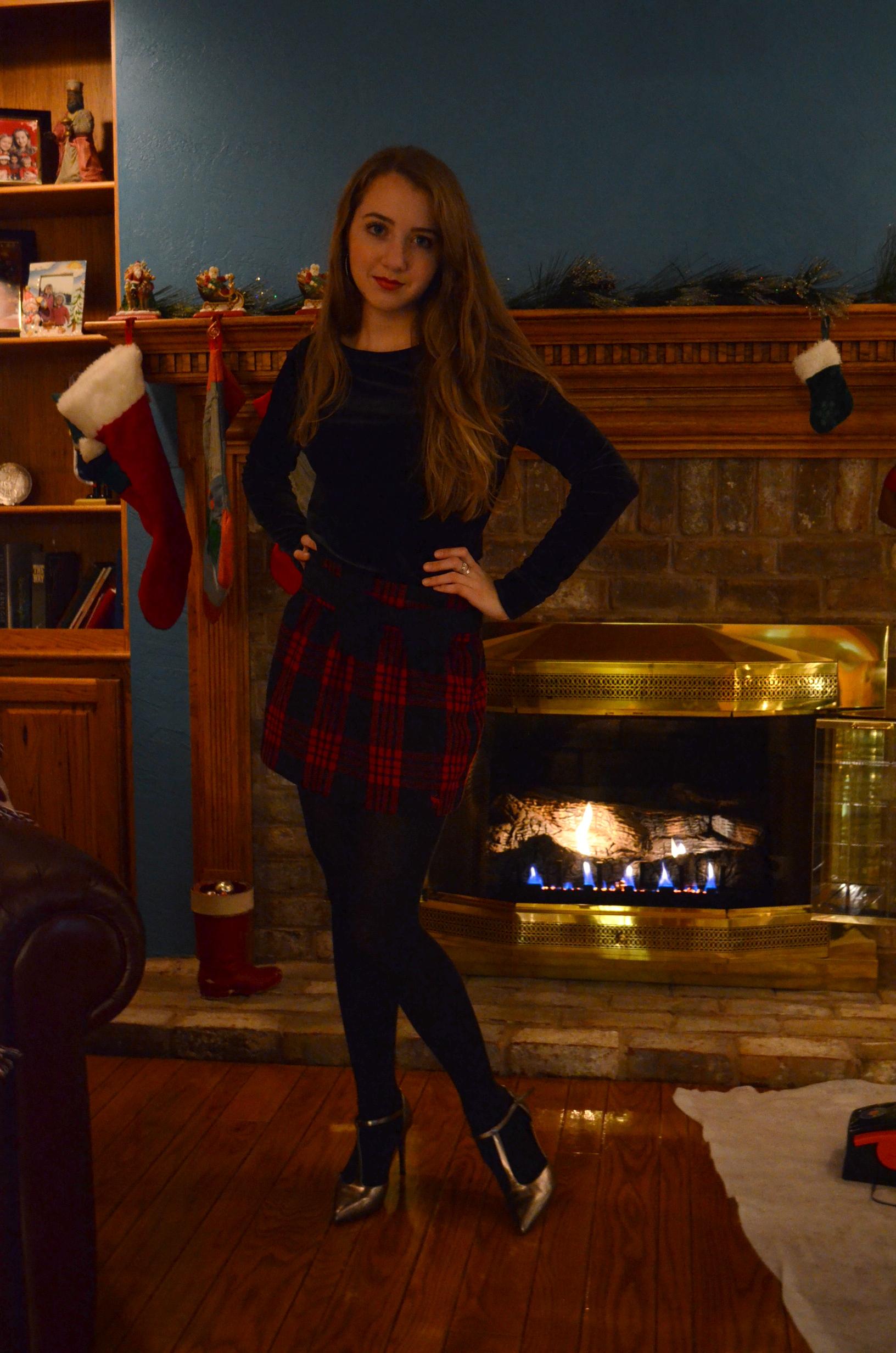 Christmas Tree Skirt Blue