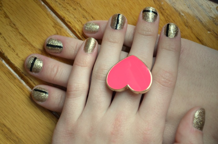 gold and back manicure